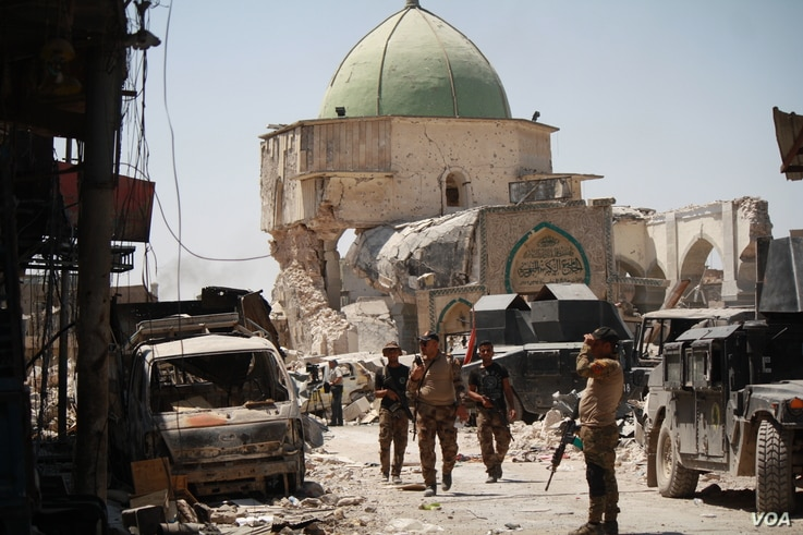 Soldiers in Old Mosul say in recent days at least 40 suicide bombers disguised as refugees have exploded themselves as they approached Iraqi forces. Most have only killed themselves, but soldiers and civilians have been killed and maimed. Mosul, Iraq...