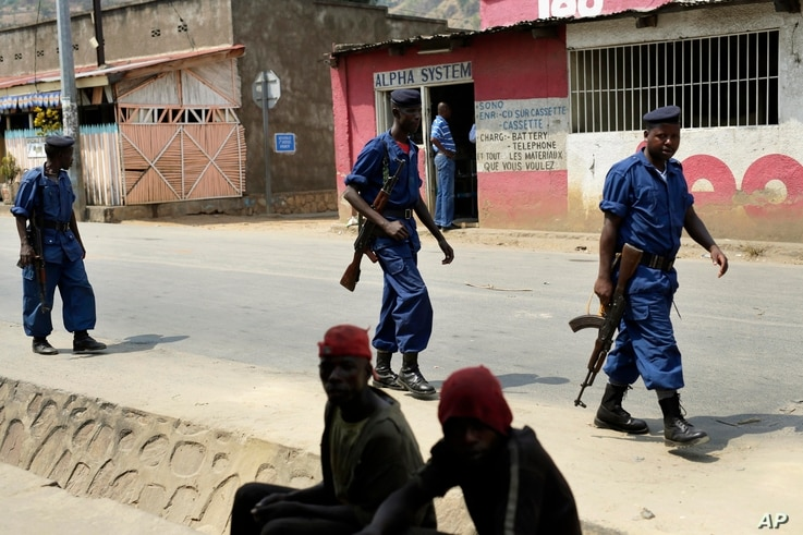 Policemen patrol the Musaga district of  Bujumbura, Burundi, July 20, 2015.
