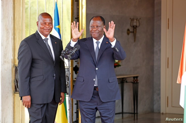 President of the Central African Republic Faustin Archange Touadera (left) and Ivory Coast President Alassane Ouattara at the presidential palace during Touadera's visit in Abidjan, Ivory Coast, Nov. 7, 2016.