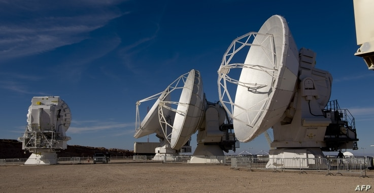 Radio telescope antennas of the ALMA (Atacama Large Millimeter/submillimeter Array) project, in the Atacama desert, some 1500 km north of Santiago, Chile, March 12,2013. The ALMA, an international partnership project of Europe, North America and East...