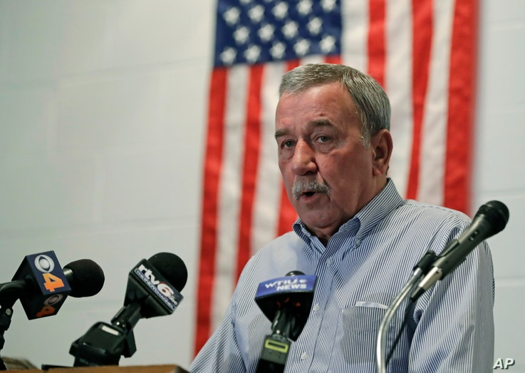 United Steelworkers Local 1999 President Chuck Jones speaks during a news conference in Indianapolis, Dec. 9, 2016.