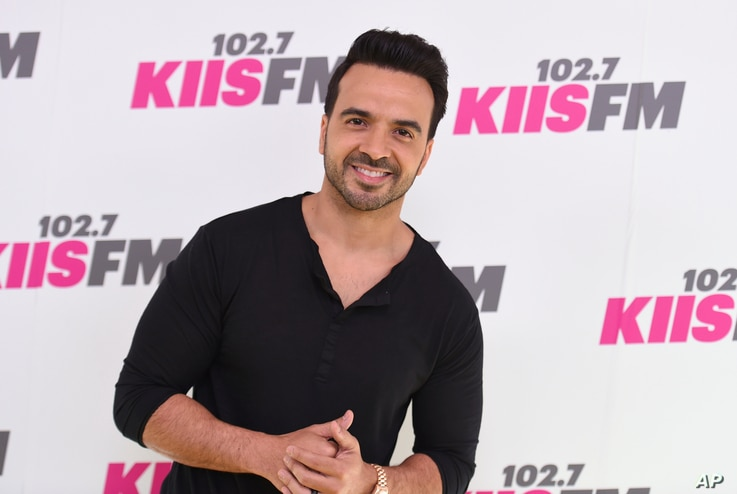 Luis Fonsi arrives at Wango Tango at StubHub Center on May 13, 2017, in Carson, Calif.