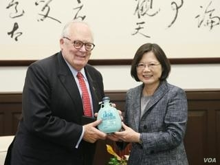 Heritage Foundation President Edwin Feulner met with Taiwan President Tsai Ingwen in October. Feulner was reported to have insider knowledge of Trump-Tsai call.