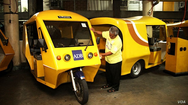 The Philippines will build an electric vehicle industry using a $300 million ADB loan, reducing carbon dioxide emissions by 260,000 tons and doubling incomes for tricycle drivers. (Courtesy - Asian Development Bank)