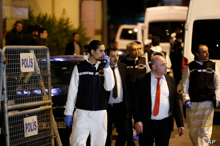 Turkish police officers arrive at the Saudi Arabia's Consulate in Istanbul, Oct. 15, 2018.