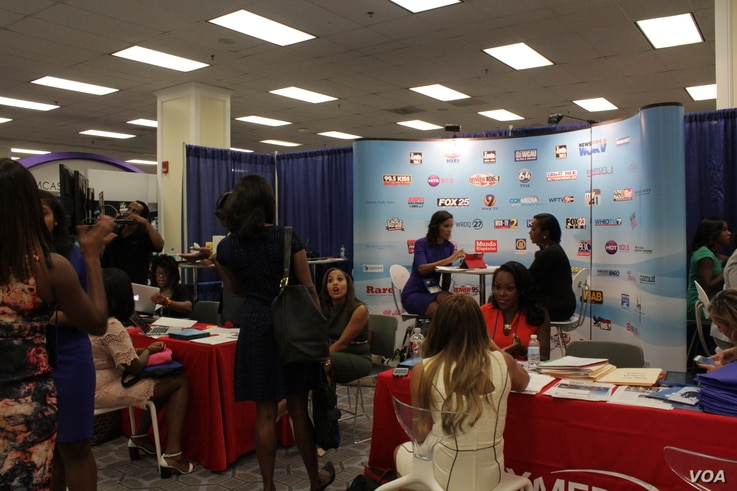 Attendees network at the National Association of Black Journalists and the National Association of Hispanic Journalists this week in Washington, Aug. 3, 2016.