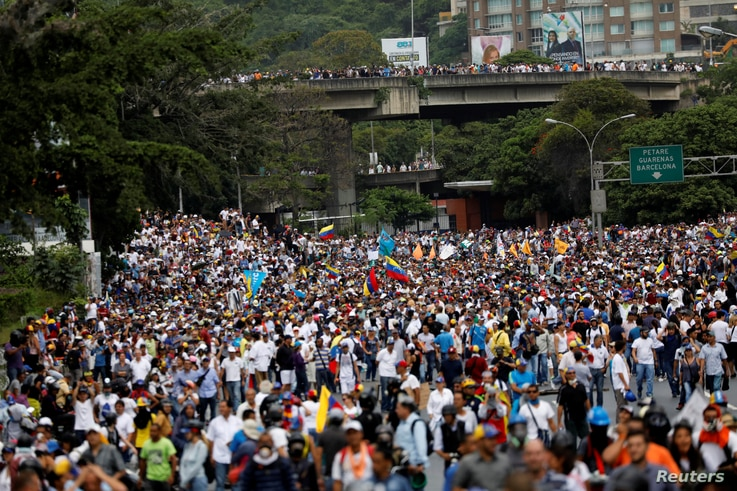 Oposition supporters rally against Venezuela's President Nicolas Maduro in Caracas, May 31, 2017.