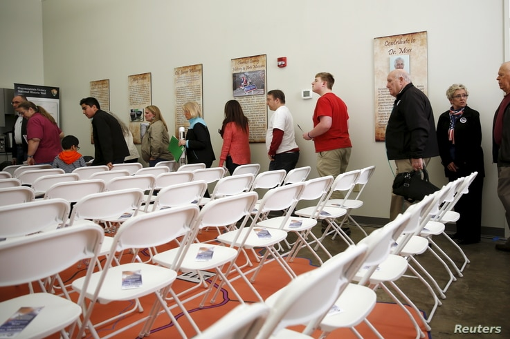 Voters arrive for an event with Republican U.S. presidential candidate Ben Carson (not pictured) at the visitors center in Gaffney, South Carolina, Feb. 11, 2016.