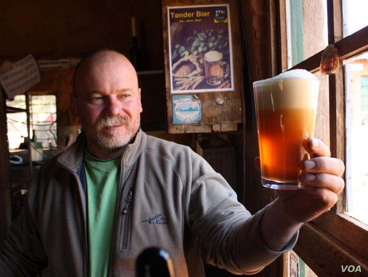 "Microbrewer Dirk van Tonder says consumers are attracted to craft beers because the products always have ""interesting stories"" behind them. (Photo Credit: Darren Taylor)"
