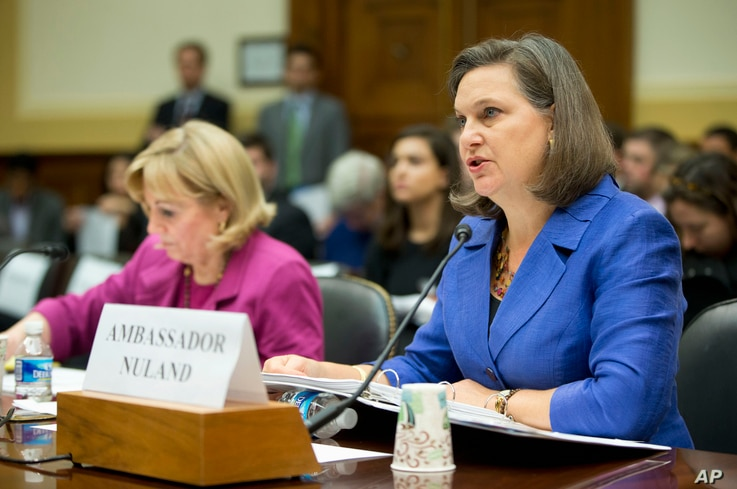 Assistant Secretary for European and Eurasian Affairs Victoria Nuland, right, accompanied Assistant Secretary of State for Near Eastern Affairs Anne Patterson, testifies on Capitol Hill in Washington, Nov. 4, 2015, before the House Foreign Affairs Co