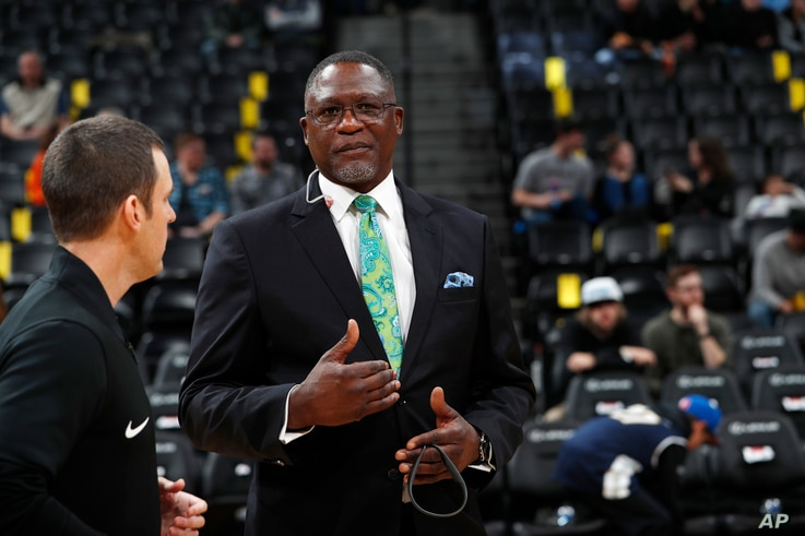 Atlanta Hawks analyst and NBA Hall of Famer Dominique Wilkins is pictured during the first half of an NBA basketball game, Jan. 10, 2018.