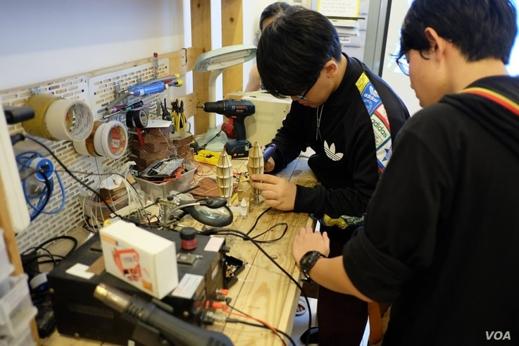 At Fablab Saigon, students learn about sensors and micro-controllers so they can tinker with potential products that are part of the internet of things.