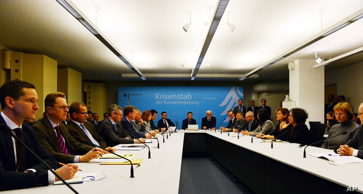 German Minister of Foreign Affairs Frank-Walter Steinmeier (center right) leads a meeting of the crisis management group of the Ministry of Foreign Affairs after the attack  on the German consulate in the Northern Afghan city of Mazar-i-Sharif, in Be...