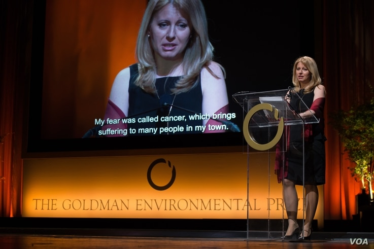 Slovakian lawyer Zuzana Caputova, who led successful efforts to prevent a waste dump from being built in her hometown of Pesinok, was awarded the Goldman Environmental Prize in San Francsico, California, April 18, 2016. (Courtesy photo: Goldman Envir...