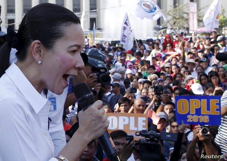 Philippine presidential candidate Grace Poe speaks at International Women's Day rally by Gabriela Party List women's group in Manila, March 8, 2016.