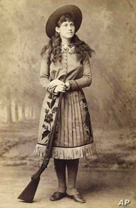 Annie Oakley (c. 1885) National Portrait Gallery, Smithsonian Institution; acquired through the generosity of friends of the Department of Photographs