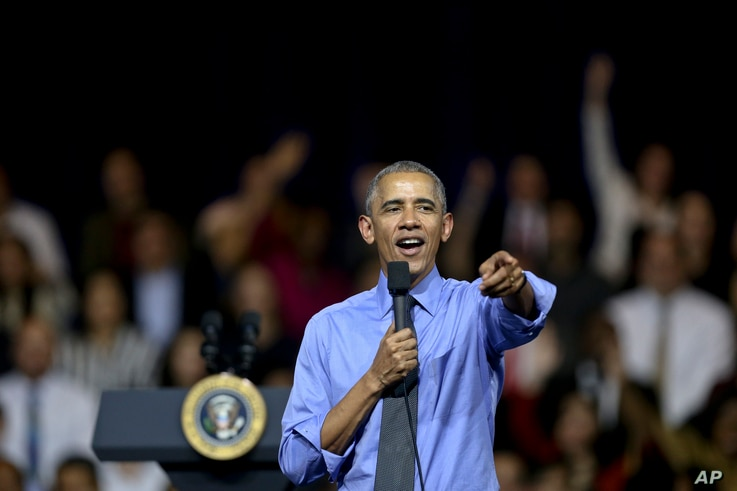 U.S. President Barack Obama speaks at a town hall with Young Leaders of the Americas Initiative (YLAI) in Lima, Peru, Nov. 19, 2016. Obama, speaking on the margins of an Asia-Pacific summit, said tensions over trade are likely under the new Trump adm...