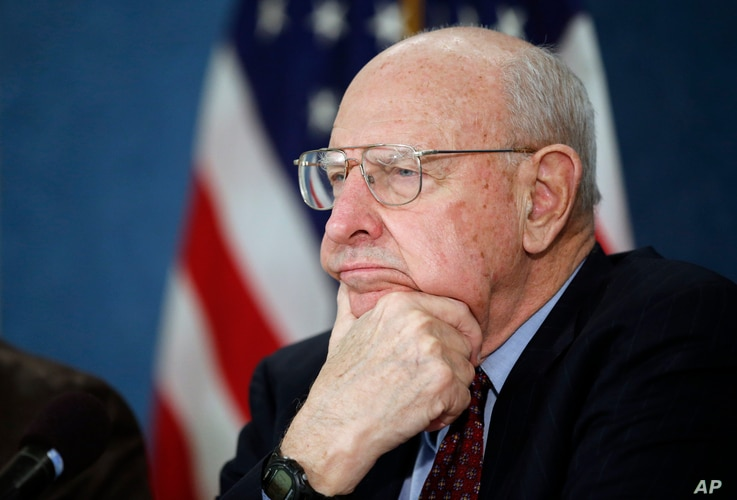 Former ambassador Thomas R. Pickering, listens during a news conference to unveil the 'Doomsday Clock' that remained at three minutes to midnight, by Bulletin of the Atomic Scientists, Jan. 26, 2016 in Washington.