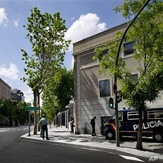 Spanish civil guard and police officers guard the U.S. embassy in Madrid, May 2, 2011