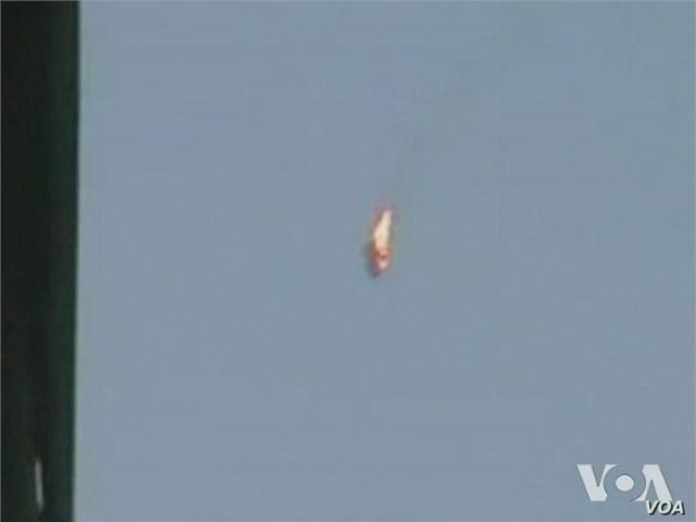 Video of downed Syrian helicopter