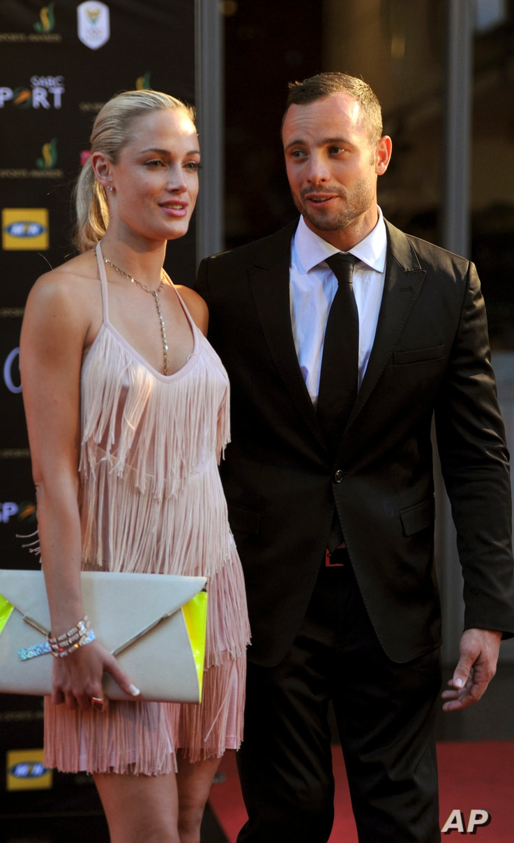 South African Olympic athlete Oscar Pistorius and Reeva Steenkamp at an awards ceremony, Johannesburg, South Africa, Nov. 11, 2012.