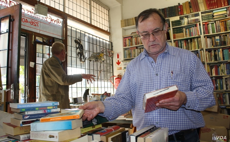 "Second hand book dealer Doron Locketz sometimes makes ""big money"" selling rare used books."