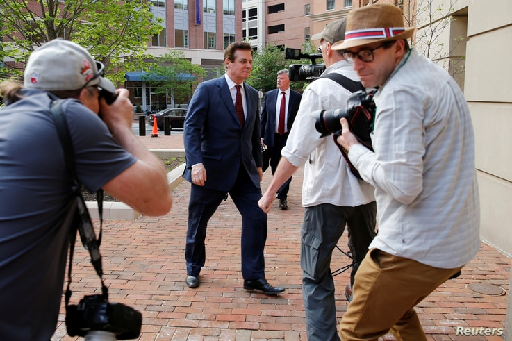 President Trump's former campaign manager Paul Manafort (C) arrives at U.S. District Court for a motions hearing in Alexandria, Virginia, U.S., May 4, 2018.
