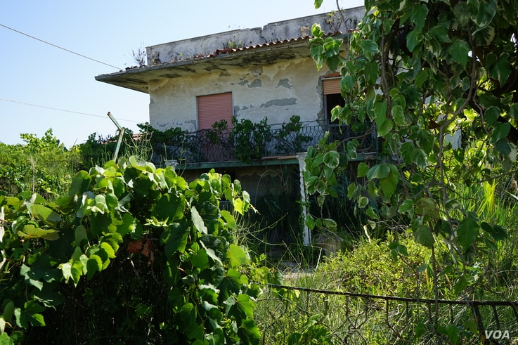 An abandoned house in Castel Volturno.