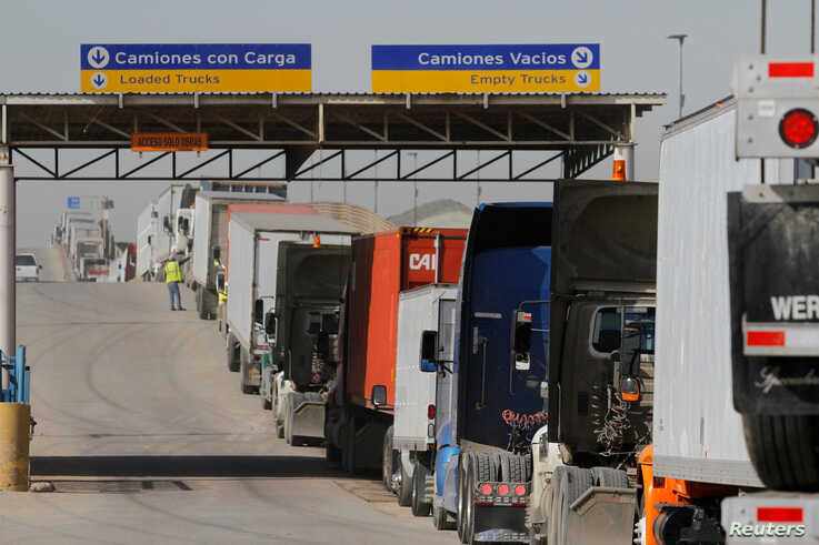 Trucks on US-Mexico border