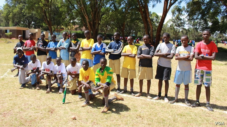 A team photo of the Alliance High School Batmen. Manager Patrick Esendi says finding qualified coaches is the biggest challenge for baseball in Kenya. (L. Ruvaga/VOA)