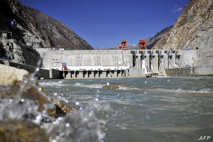 Picture shows the Zangmu Hydropower Station in Gyaca county in Lhoka, or Shannan prefecture, southwest China's Tibet region, Nov. 23, 2014.