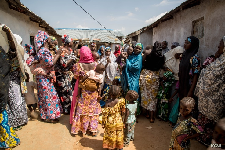Women in a village outside of the Kaduna State capital celebrate ahead of the marriage of 14-year-old Basira Bello to 30-something year-old Salihu Amiru. (C. Oduah/VOA)