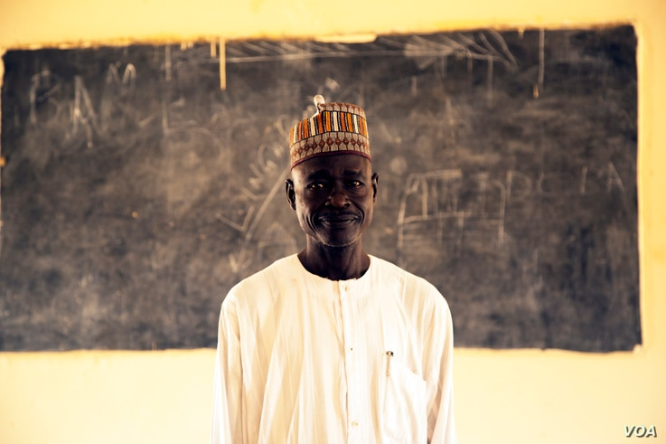 Baba Goni Ibrahim has been teaching science at an all-girls high school in Maiduguri, Nigeria, for the past 20 years, Oct. 5, 2016.  (C. Oduah)