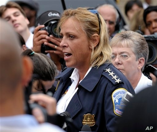 DC Police Chief Cathy Lanier briefs reporters on the shooting in Washington, Sept. 16, 2013.
