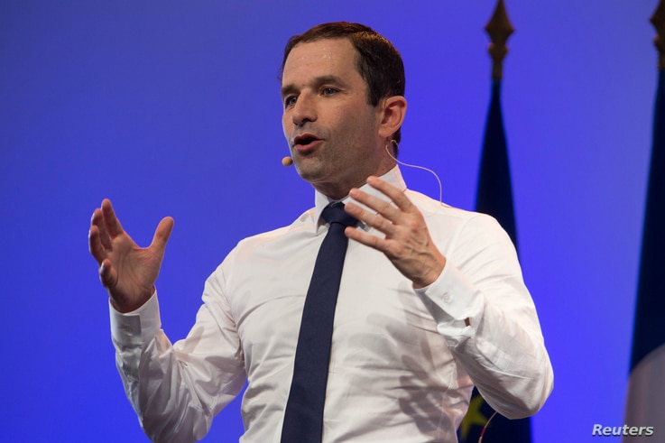Benoit Hamon, French Socialist Party 2017 presidential candidate, delivers his speech at a rally in Saint-Joseph, as he campaigns on the Indian Ocean island of Reunion, April 1, 2017.