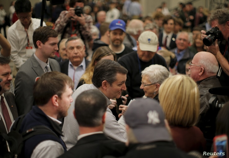 U.S. Republican presidential candidate and U.S. Senator Ted Cruz shakes hands with supporters during the conservative leadership project event in Columbia, South Carolina, Jan. 15, 2016.