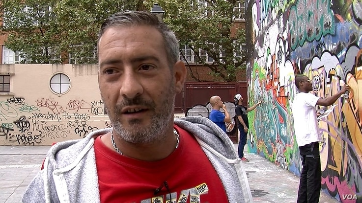 Artist Fred Morelli on a summertime grafitti project with friends.