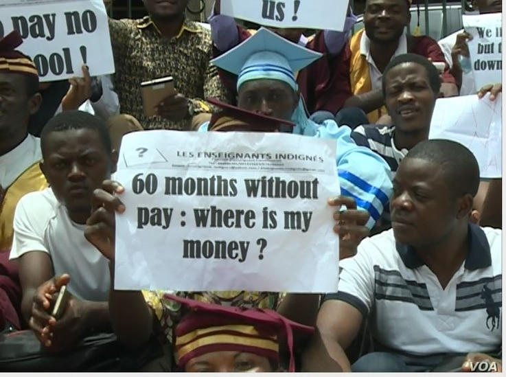Some teachers say they have gone without pay for as long as five years, in Yaounde, Cameroon, March 28, 2017. (M.E. Kindzeka/VOA)