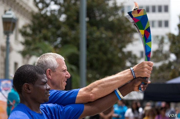 The welcoming ceremony for Namibian, Singaporean, and Tanzanian Special Olympics teams at Pasadena, California, July 22 (VOA photo -Ronen Tivony)