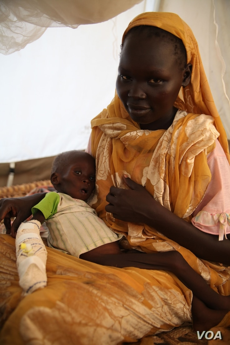A malnourished baby in a hospital run by Doctors Without borders in Jamam, Upper Nile state, June 20, 2012 (Hannah McNeish/VOA).
