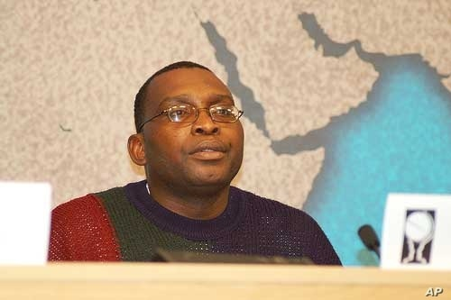 Lawyer and Zimbabwe Exiles Forum director, Gabriel Shumba, says many Zimbabweans are going to fail to get new South African residence permits and will face deportation next year