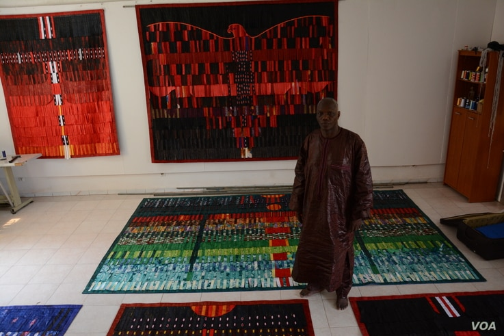 Abdoulaye Konate is one of Mali's most famous contemporary artists. He combines traditional materials and techniques in his textiles, which have been exhibited at Washington's Smithsonian National Museum of African Art, the Pompidou Centre in Par...