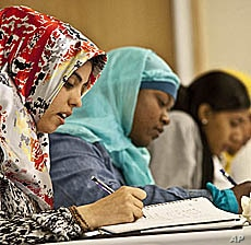 (From left to right) Linda Amrou and Amirah Al-Gaheem study at Zaytuna College in California.