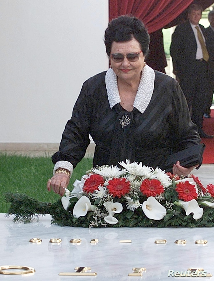 Jovanka Broz, the widow of former Yugoslav president Josip Broz Tito lays a wreath on the tomb of her husband in Belgrade May 4. Today is 20 years since Tito, Yugoslav partisan and Communist leader for 35 years, died at the age of 88.