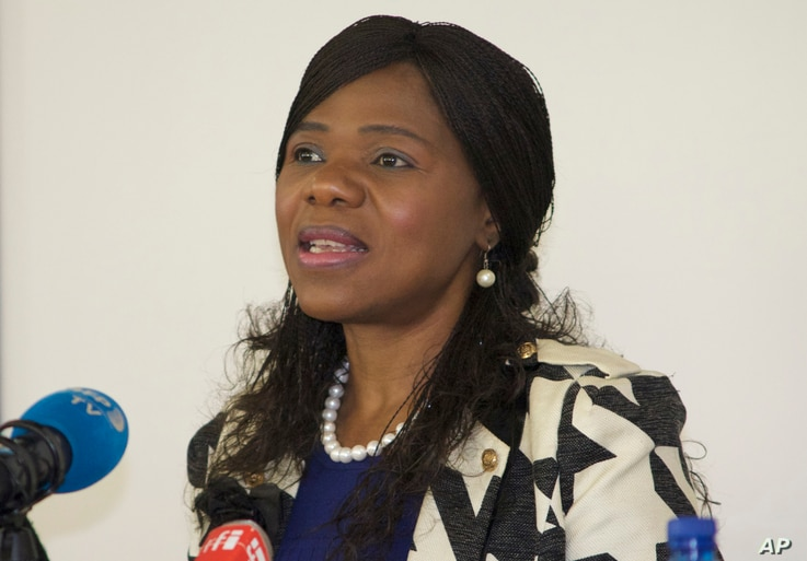 Public Protector Thuli Madonsela addresses journalists in Johannesburg, South Africa, June 7, 2016.