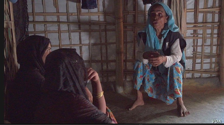 Fifty-year-old Nur Begum, who was among the mass exodus of Rohingya from Myanmar last fall, is one of about 20 health counseling volunteers working for UNICEF's local NGO partner Pulse. They offer up their knowledge to the female population in Balu...