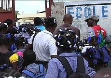 Chaos at the opening of school in Tabarre