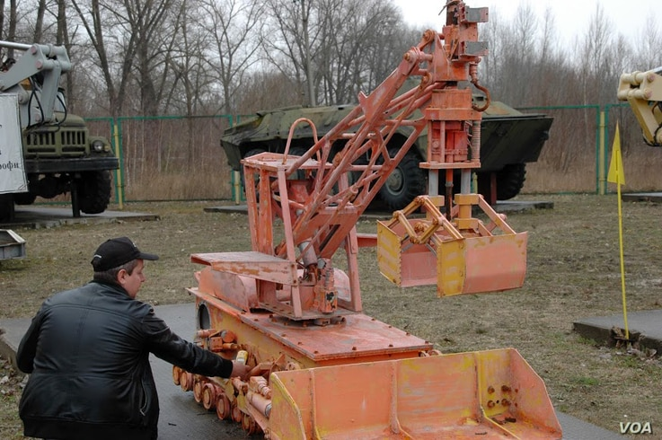 Remote control equipment used at Chernobyl after the reactor explosion. Much of it ceased to function because the high radioactivity levels made electronic circuits inoperable. (Steve Herman/VOA)