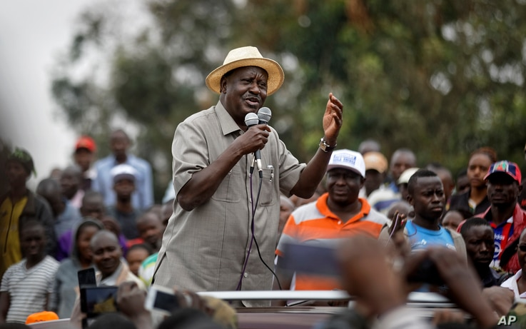 Kenyan opposition leader Raila Odinga addresses a crowd of his supporters in the Kibera area of Nairobi, Kenya, Sept. 2, 2017.