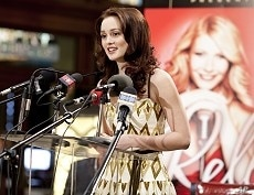 Leighton Meester in scene from COUNTRY STRONG